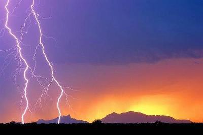 lightning05.jpg