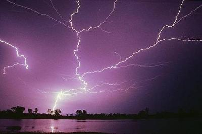 lightning09.jpg