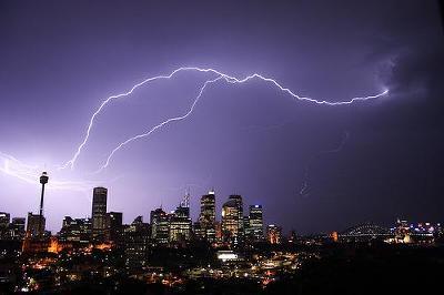 lightning16.jpg