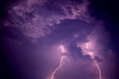 lightning21.jpg
