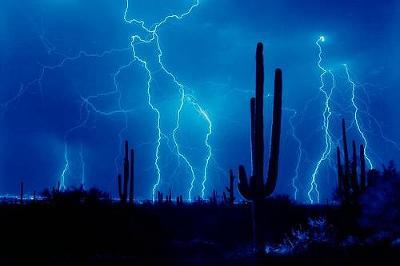 lightning22.jpg