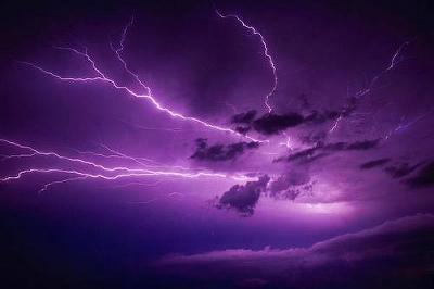 lightning24.jpg