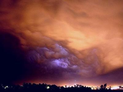 tornado02.jpg